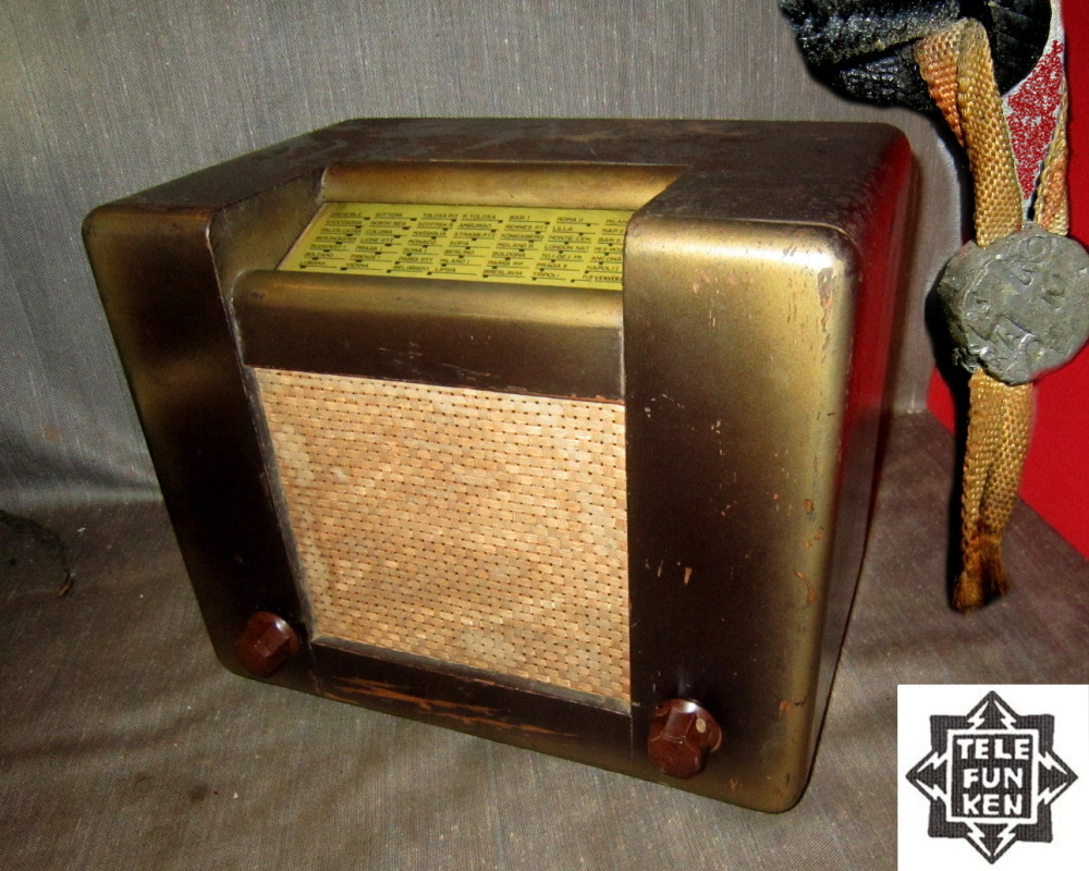 RADIO ROMA TELEFUNKEN TELAIO 07088 mobile sfumature dorate