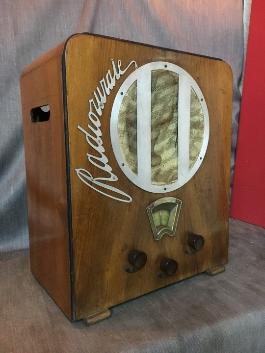 RADIO RURALE PHILIPS 528 AR 1