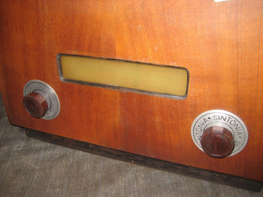 RADIO RURALE PHONOLA 3678_05