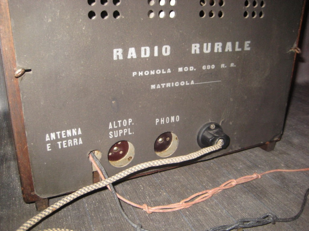 RADIO RURALE PHONOLA 680_07