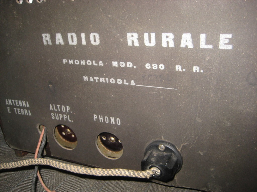 RADIO RURALE PHONOLA 680_09