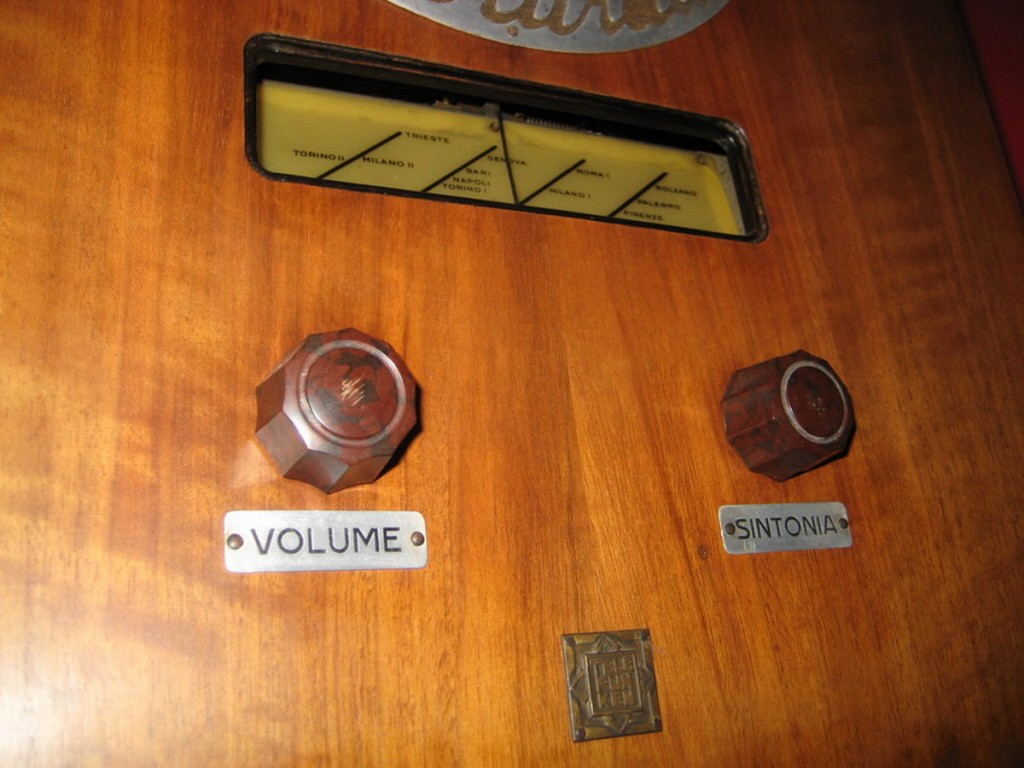Radio rurale telefunken prima serie 17