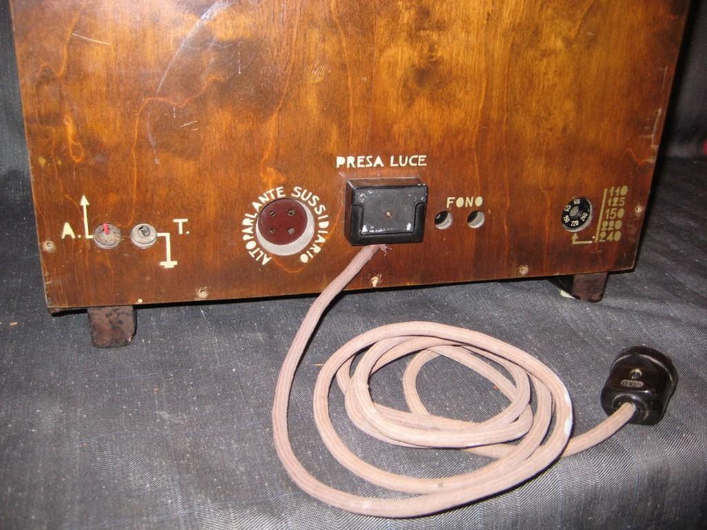 Radio rurale telefunken prima serie 20