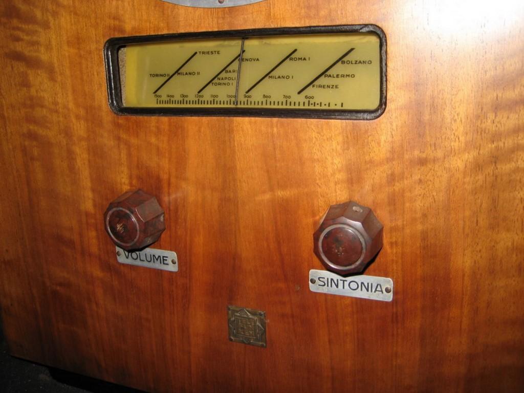 Radio rurale telefunken prima serie 6