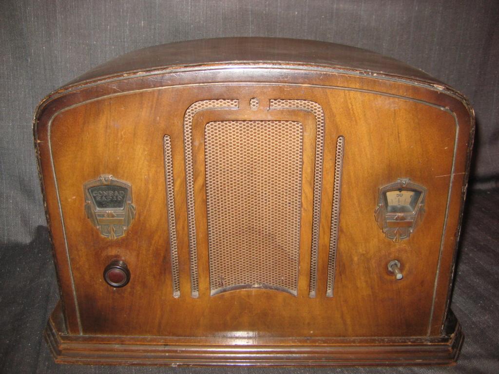 Radio Conrad  marchio e modello inedito!