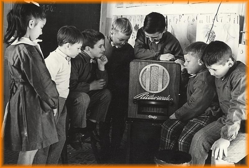 la radio rurale a scuola dopo fascismo