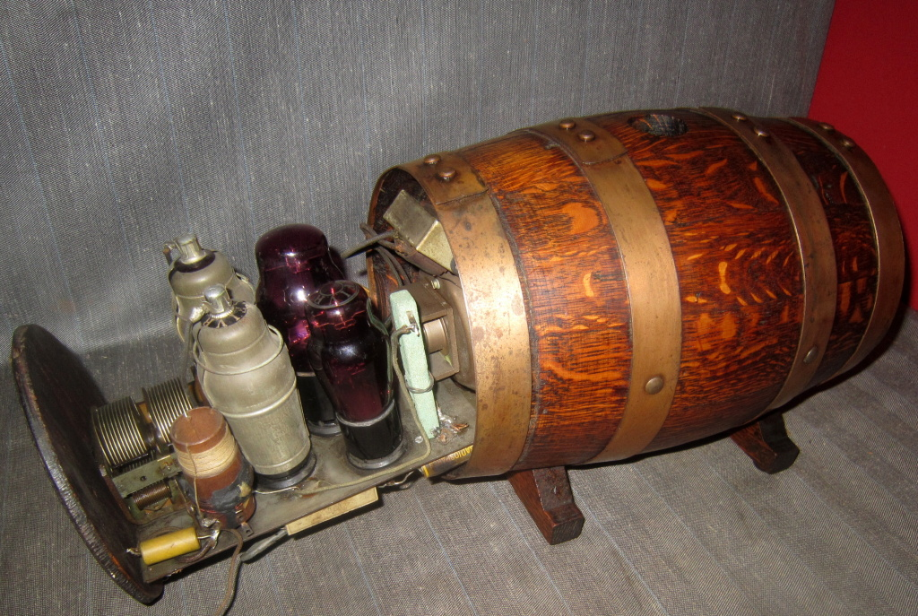 "Radio Clarion Botte"" anni 30 con valvole fivre rosse viola"
