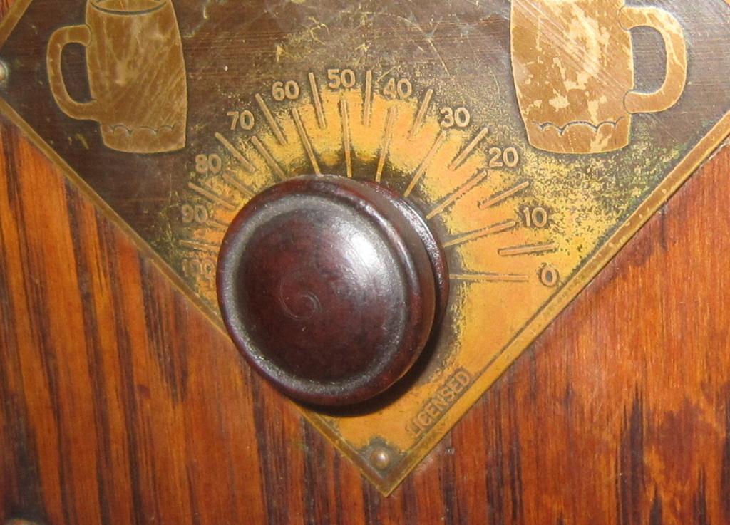 radio Clarion botte anni 30 fivre viola 12
