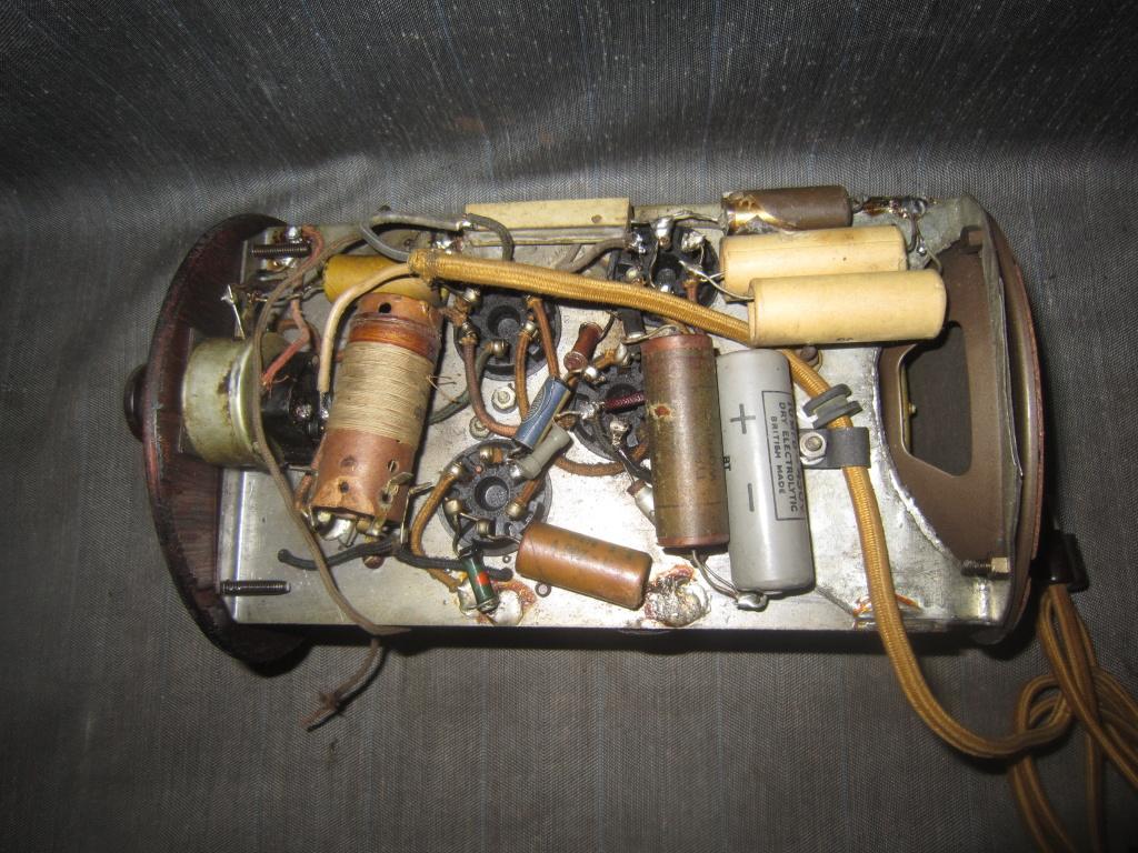 radio Clarion botte anni 30 fivre viola 24