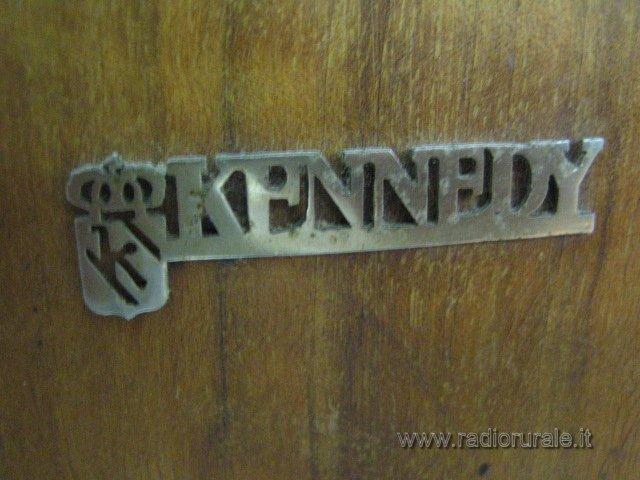 radio Kennedy stemma 10