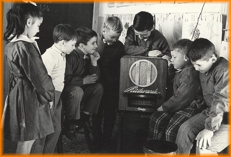 radio rurale senza fasci scuola