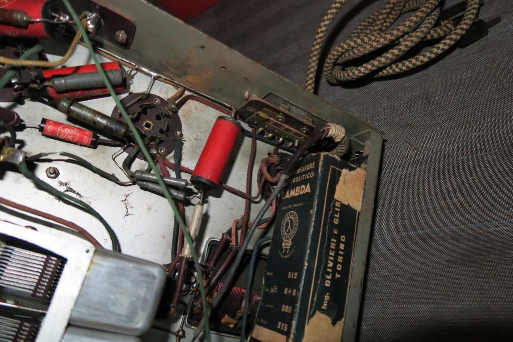 RADIO BALILLA WATT telaio 225 26