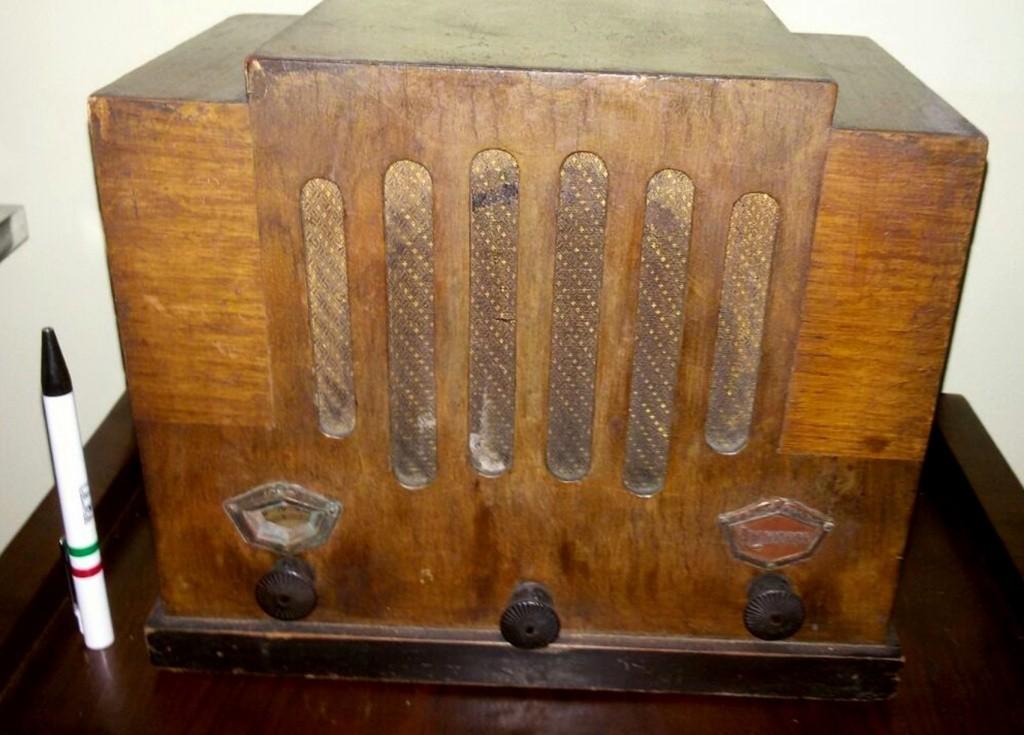 radio colonnetti radiopron torino 1