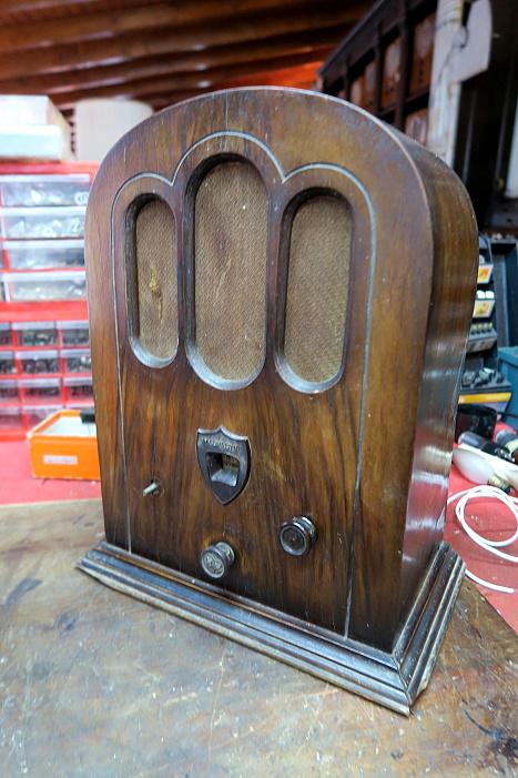 Radio Magnadyne M30 radio d'epoca italiana cupola