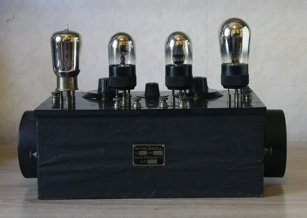 RADIO ITALIA modello radiola PBA4 4