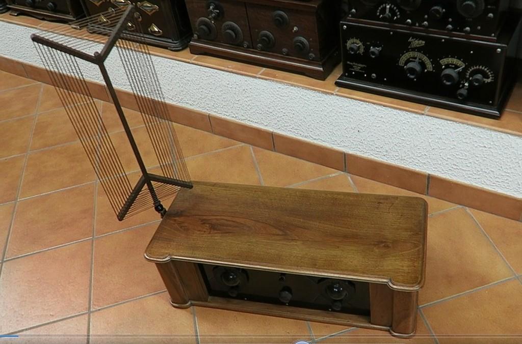 radio ravalico trieste anni 20 valvole 5