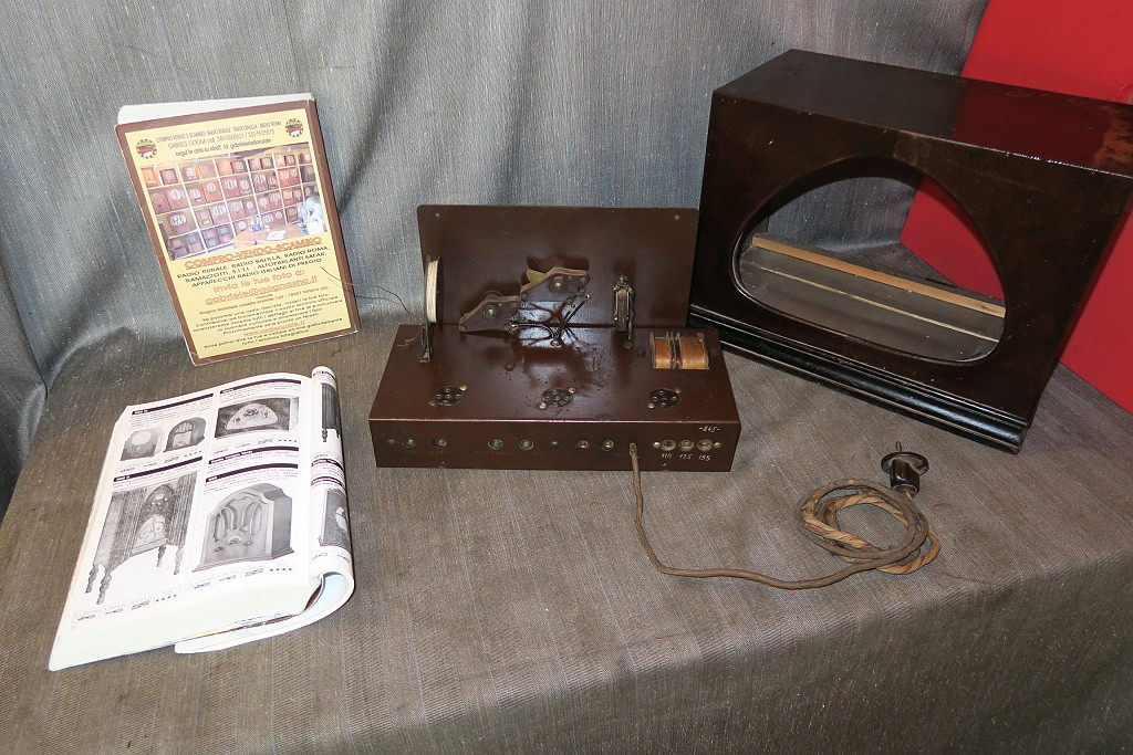 radio watt modello micro torino 1b