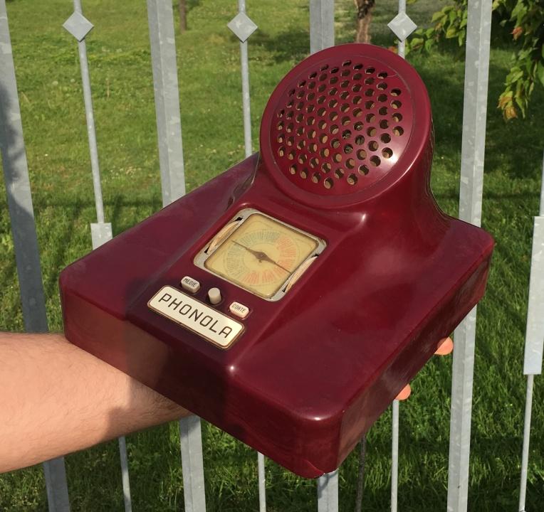 Radio Phonola 563 Castiglioni, Caccia Domignoni. Radio design Phonola Bachelite viola maculata