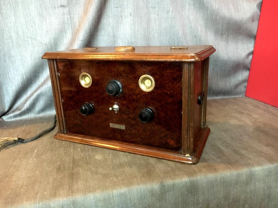 Radio Magnadyne Super Neutro mod. VIII anni 20 rarissima
