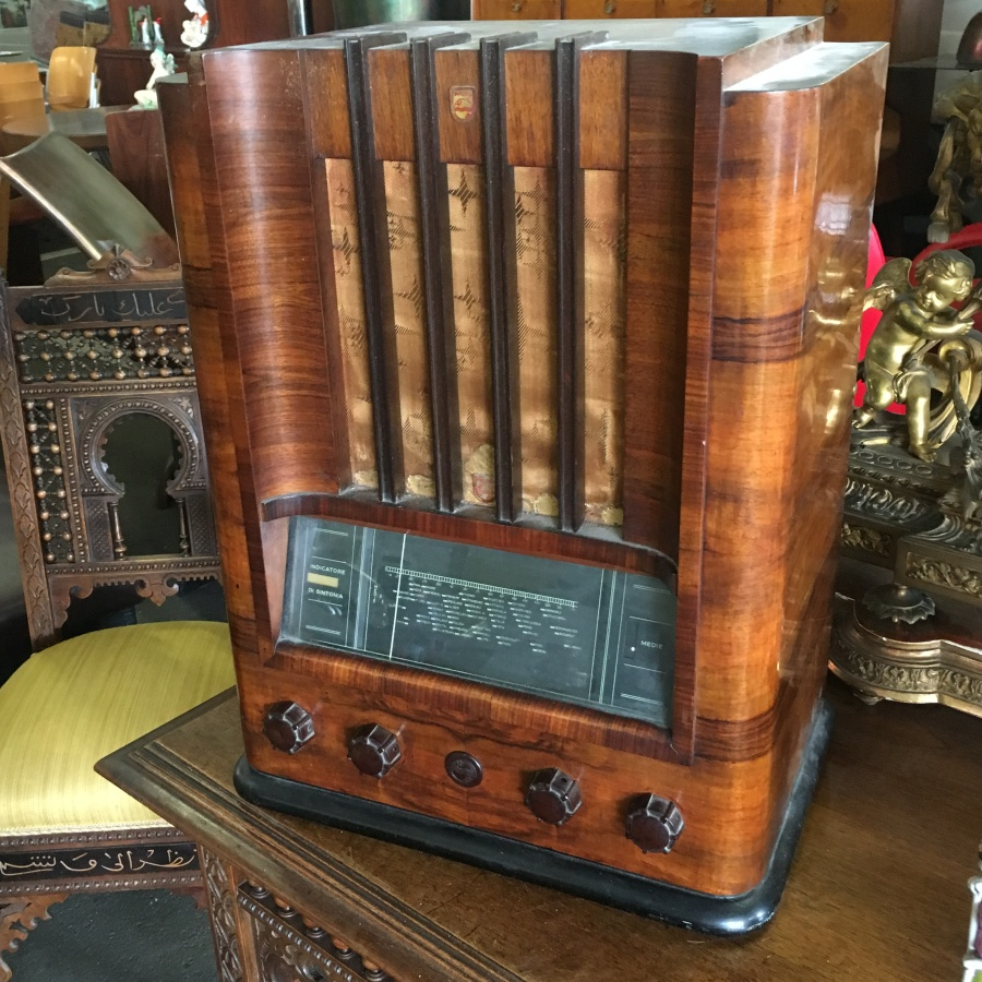 radio Philips modello 653 M rara radio verticale italiana
