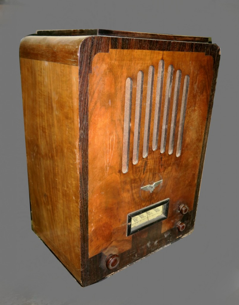 Radio Aquila modello S56 radio d'epoca genovese