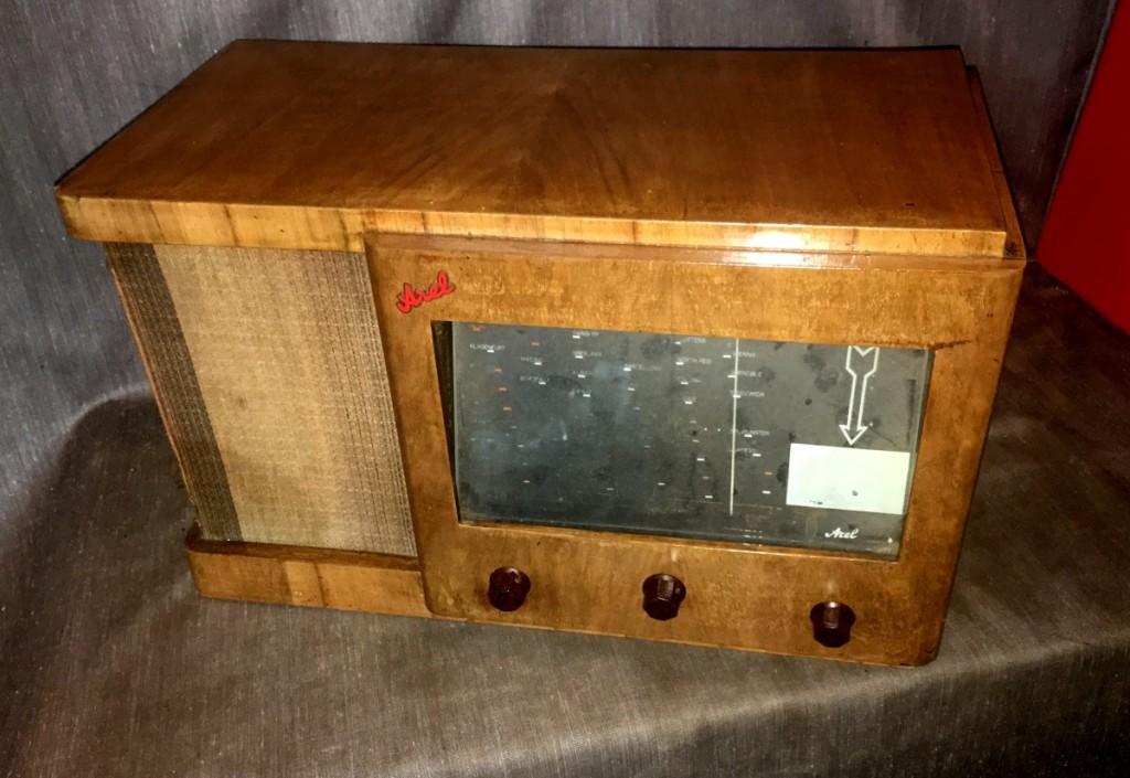 Radio Arel 5 Eco nel Mondo tipo 51 con cinesintonia