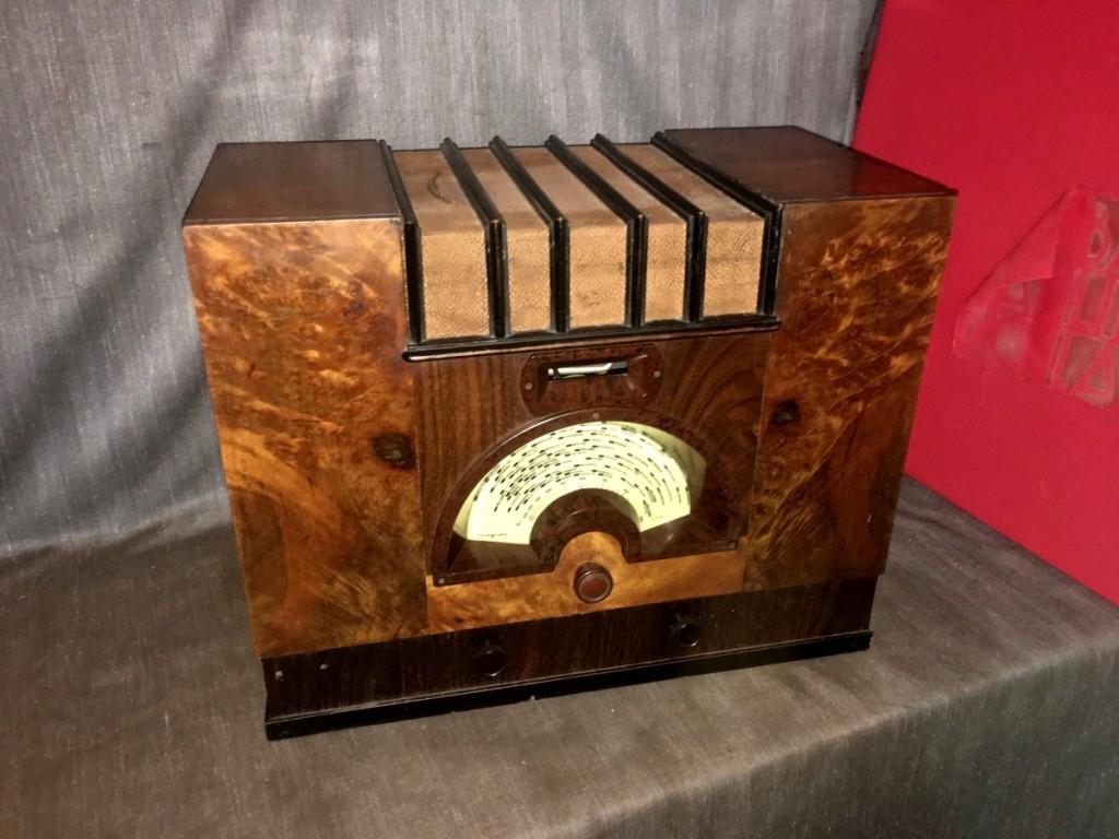 """Radio Arel  """"Il Grillo del Focolare"""" 1933 la prima Arel! La più antica"""