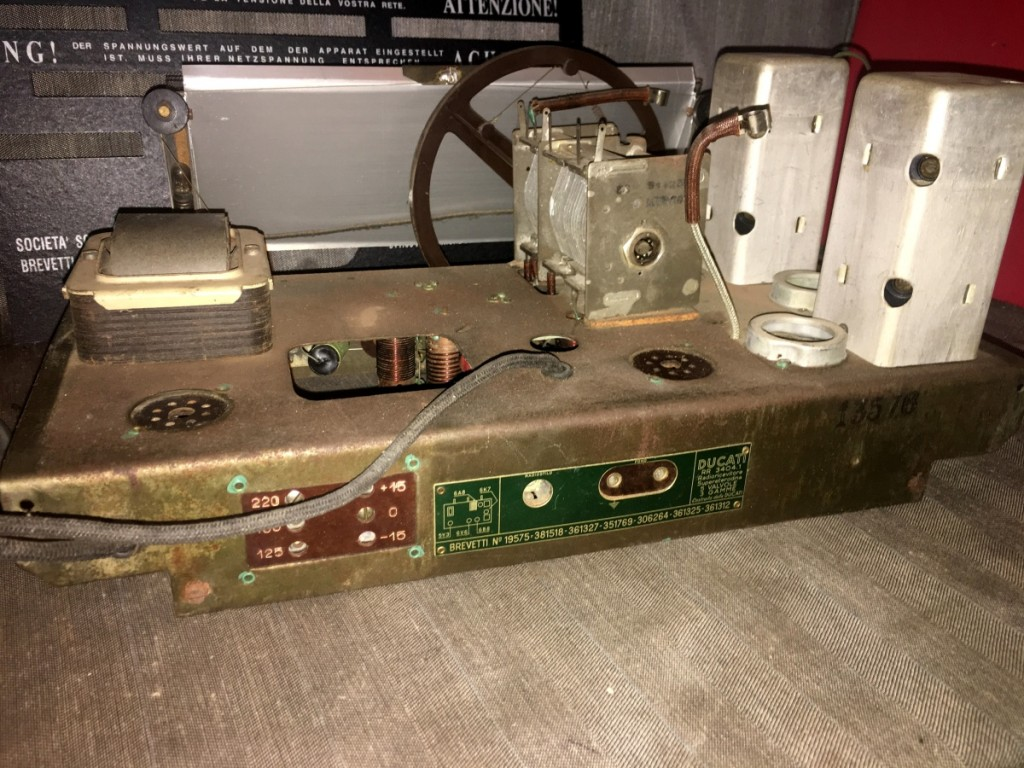 radio DUCATI 3401 parta pane16