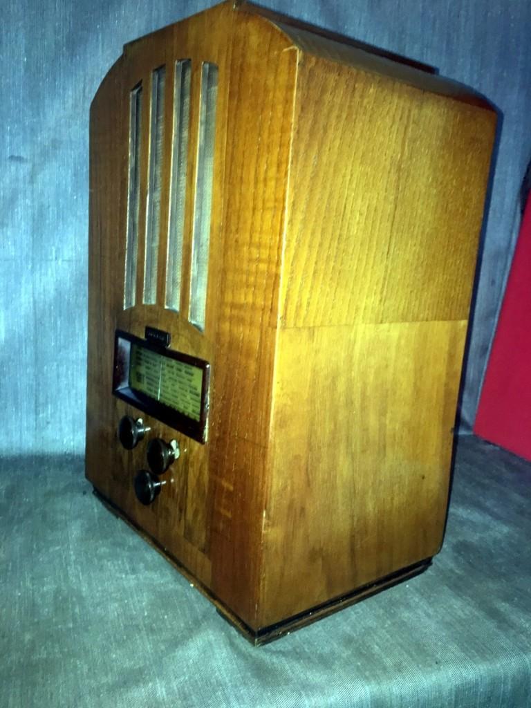 radio Magnadyne M44 6
