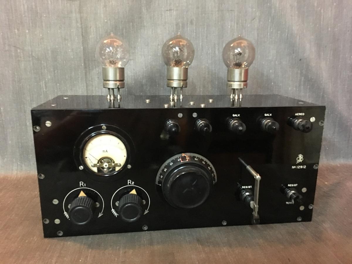 Radio Allocchio Bacchini strumento generatore di eterodina.