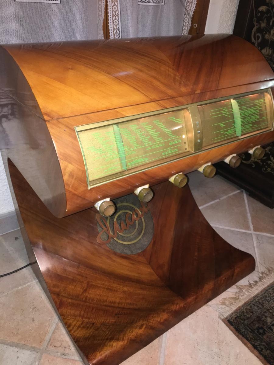 """Radio Ducati 4401 detta""""papale"""". Radio grammofono molto raro"""