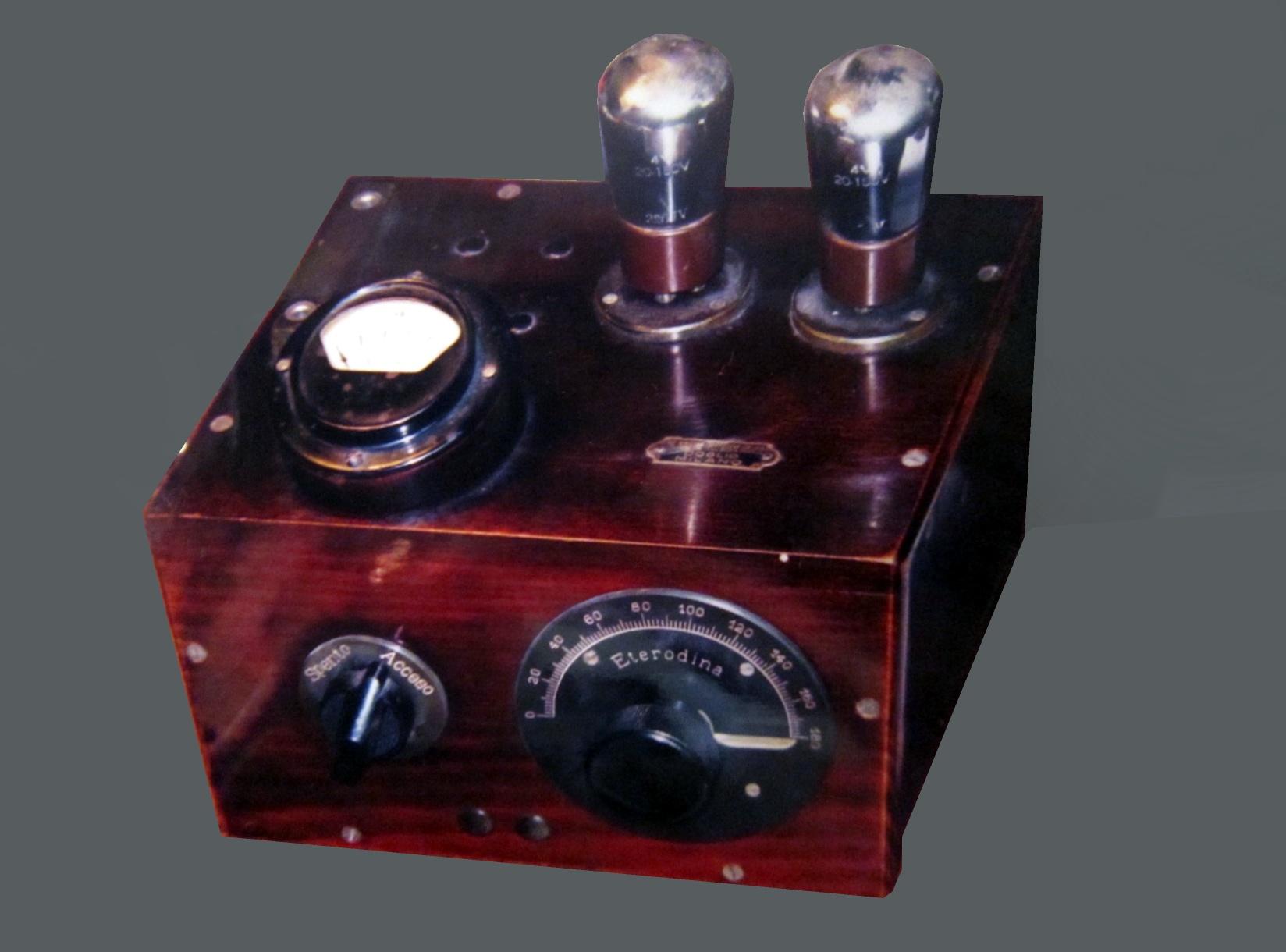 Radio anni 20 SITI G E Genratore di Eterodina ( 2 Valvole )