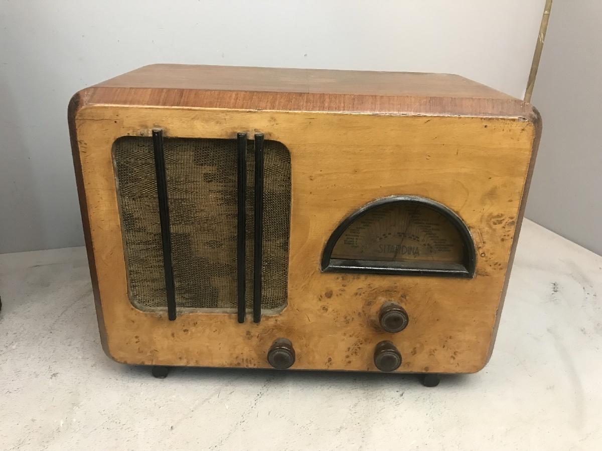 "Sitardina  radio anni 30 da ""meglio identificare"" (telaio radio Pron)"
